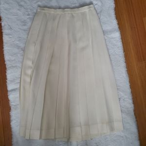 4/$30 Vintage Aquascutum maxi skirt size 8